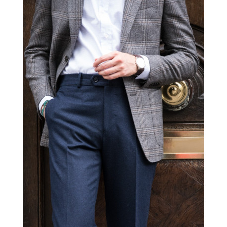 Classic cut – Plain flannel trousers - Navy
